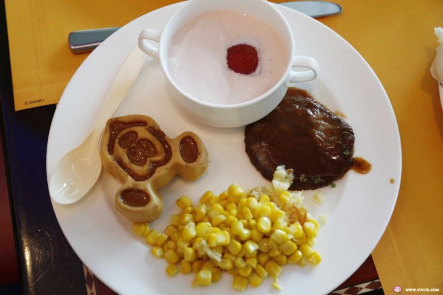 [香港住宿]迪士尼好萊塢酒店~與迪士尼人偶吃早餐.贈送優先入場證、商品優惠券與自助晚餐優惠券 @VIVIYU小世界