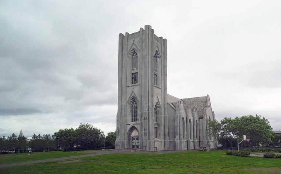 Landakotskirkja Catedral de Cristo Rey de Reikiavik Islandia 10