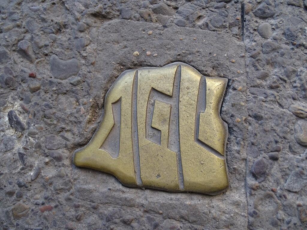 emblema Sefardi mapa de España en Barrio Judio Tarazona Zaragoza