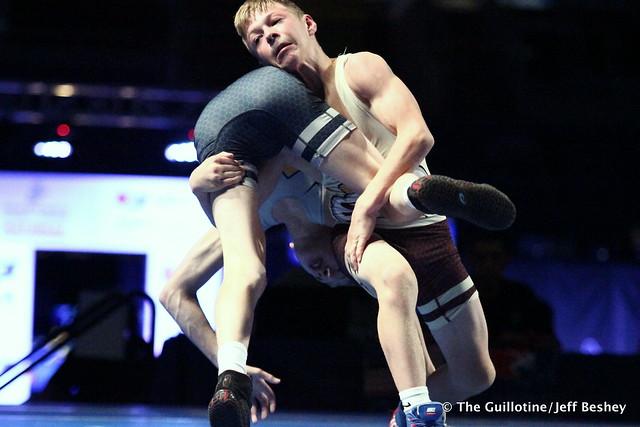 88 pounds Mason Gehloff and Jore Volk of Minnesota 180715CJF0033