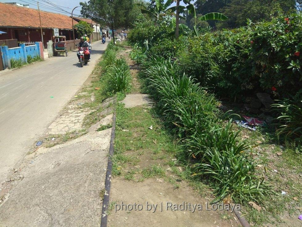 Foto Jalur Rel Mati Bandung (Kiaracondong-Karees): Halte Cibangkong Lor #1