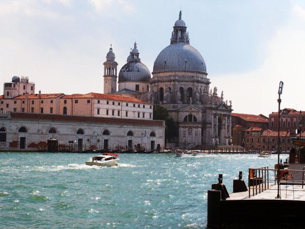Dogana di Mare and Santa Maria della Salute