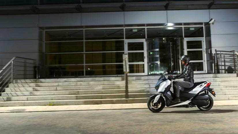 Review : Yamaha Xmax 400 (2017)