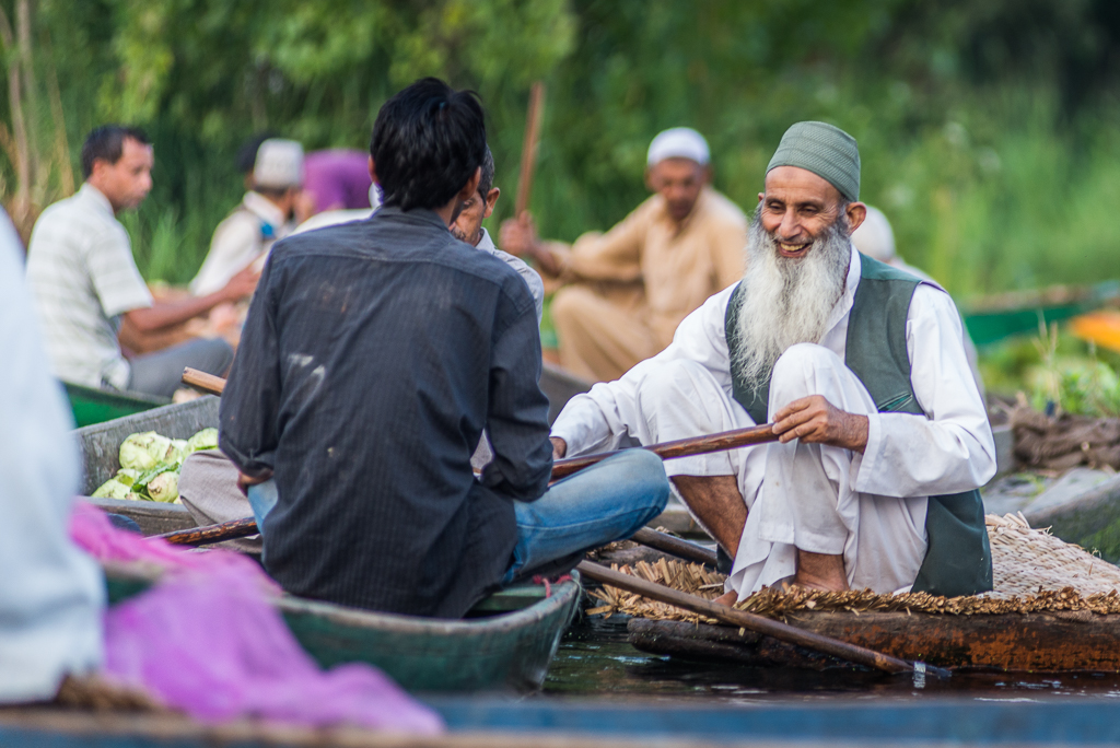 FloatingMarketDalLakeSrinagar_013