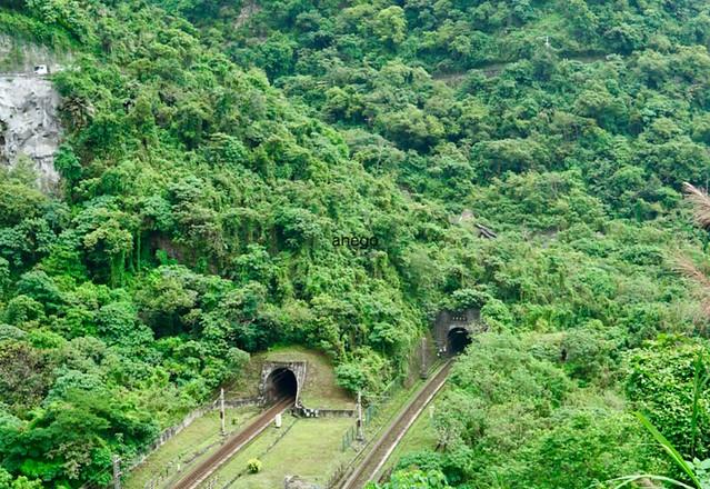 清水断崖 トンネル