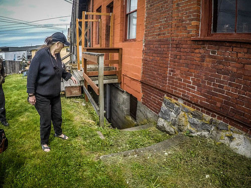 Alley Cat Antiques and Olsen Building Basement-001