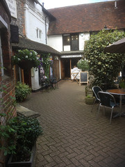 LI18-17 Lovely place for lunch in Dorking