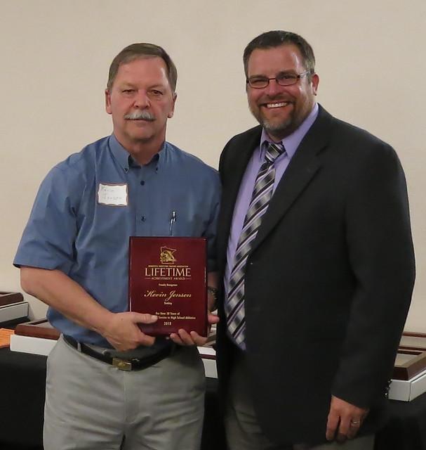 Lifetime Achievement Award recipient Kevin Jensen of Simley and Kip Lynk. 180428AJF0716