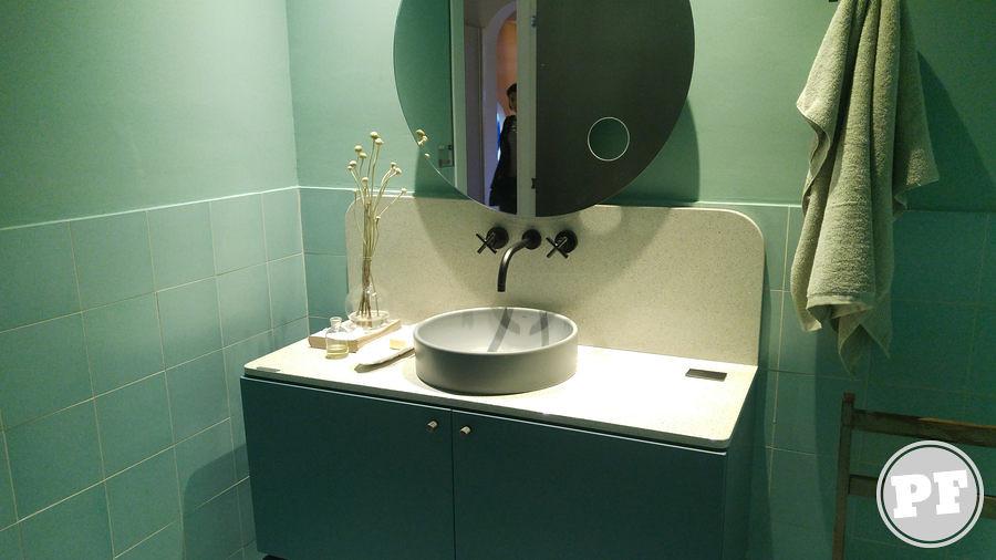 CASACOR São Paulo 2018: Banheiro cor cheiro verde década 50