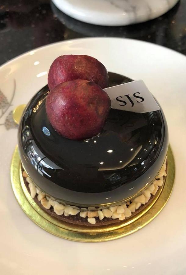 SJS 台中成功路 咖啡 甜點 香水 10