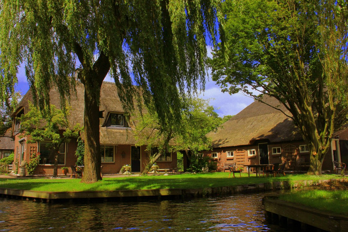 Giethoorn was gifted to a religious sect by a local landowner