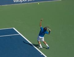 Federer serving
