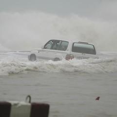 Guno Hurrican hitting Oman