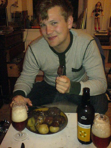 Jonas P spiser glad