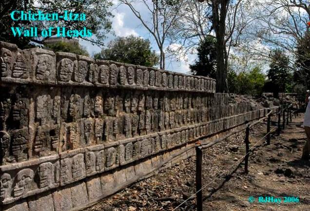 Chichen-Itza - Wall of Skulls