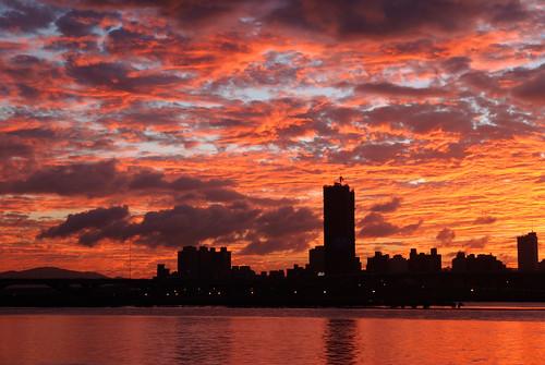 大稻埕夕陽-火燒雲