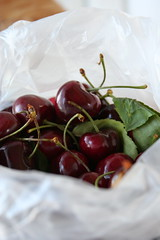 2 pounds chelan cherries
