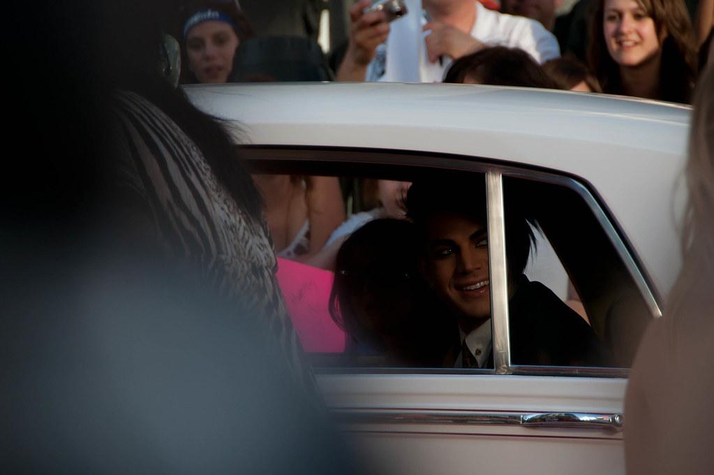 Adam Lambert amazed by the fans