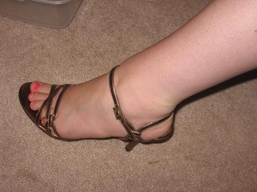 shoe 2 crop