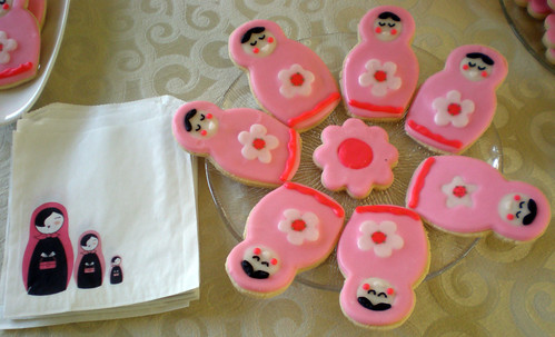 matryoshka cookies and favor bags