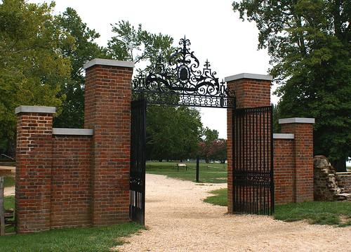 gateway in Jamestown