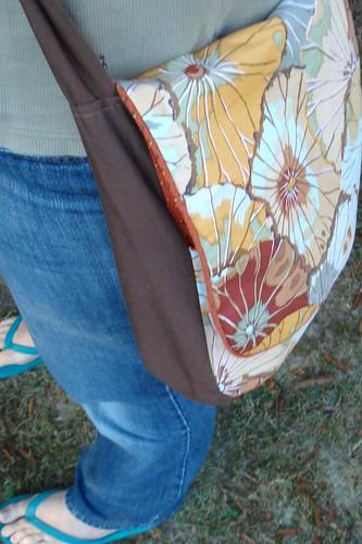 shoulder bag - wearing