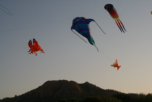 Kites in front of Castle Hill