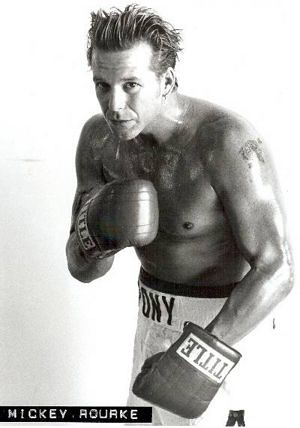 mickey rourke boxing photo