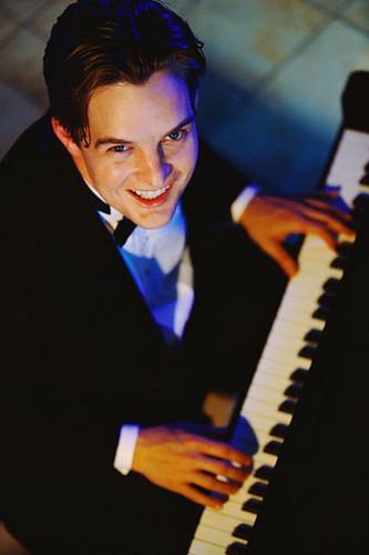 Piano Keyboard Reharmonization