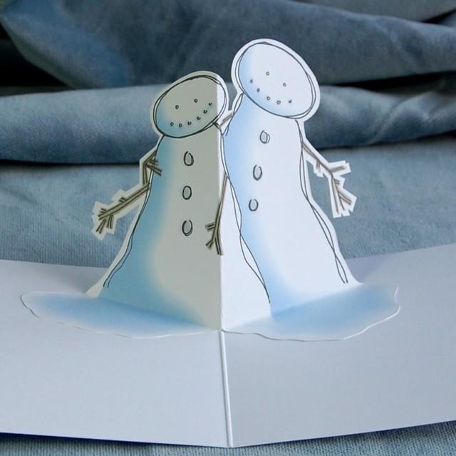 snow hug - pop up christmas card