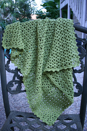 * This would be a great one to crochet, though its a little too lacy for Dad.  :)