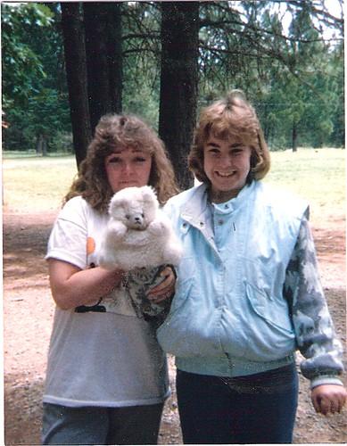 1987f