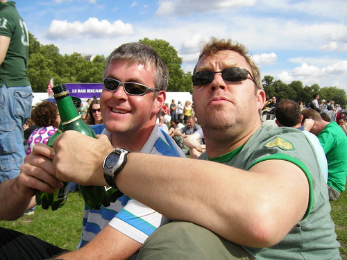 Myself and Greg at the 2007 TDF prologue, cheers!
