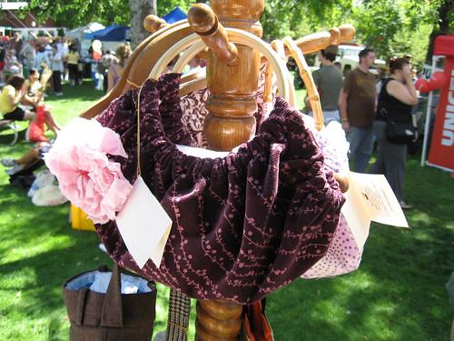 Granny bag by Mackenzie.
