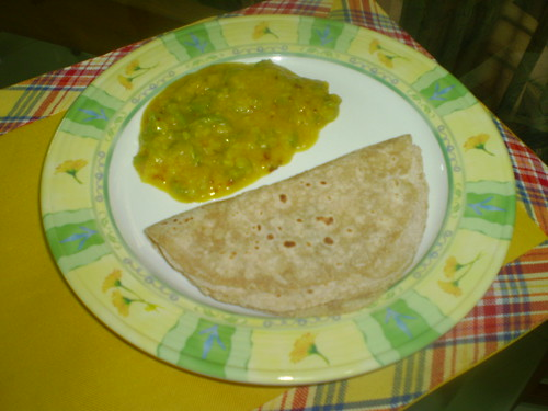 Rotis with Snake Gourd in Lentils