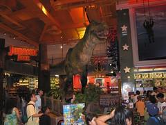 Toys_R_Us_T-Rex