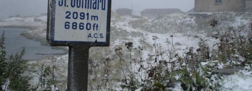 San Gottardo der erste Schnee