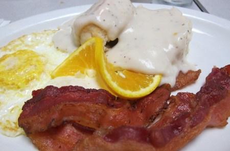 Village Grille: Eggs, Bacon, Biscuits & Gravy