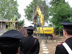 Frascati: si demolisce struttura abusiva del clan dei Casamonica