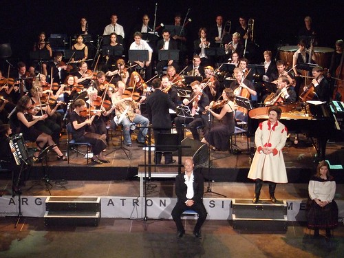 Sinfonietta plays Stroganoff