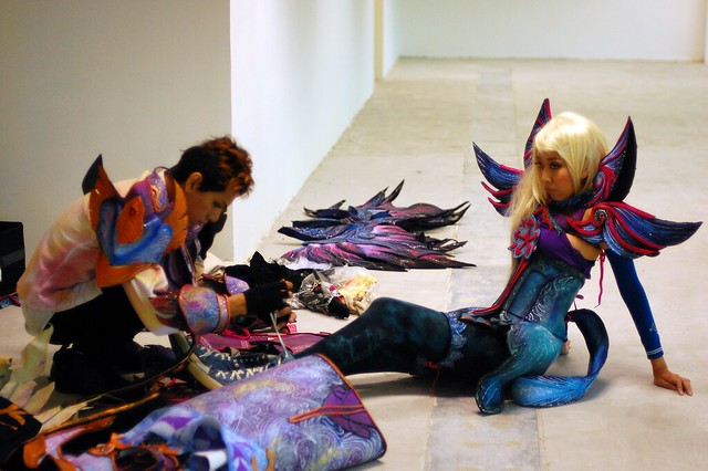 How to Pack for an Overseas Convention: A Guide for Cosplayers