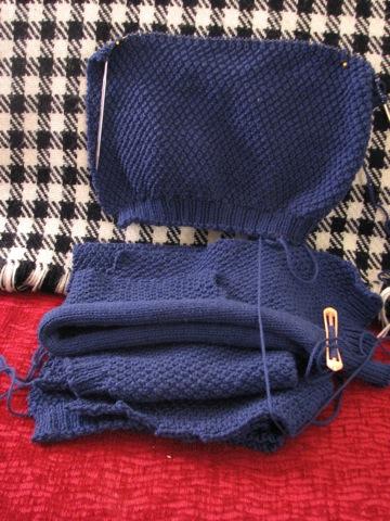 Minimalist Cardi Sleeve 2.JPG