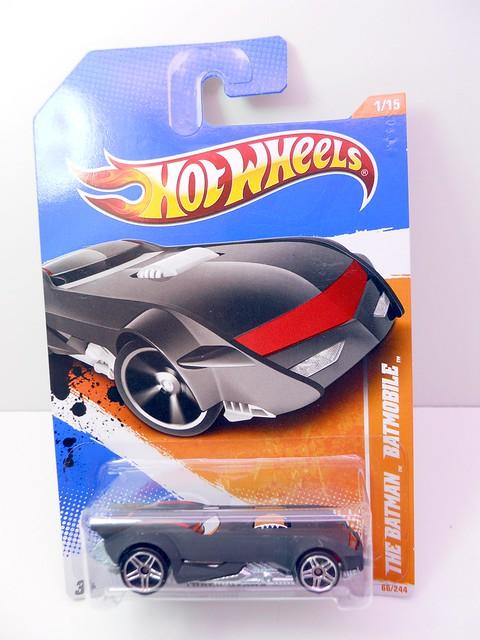 hot wheels the batman batmobile (1)