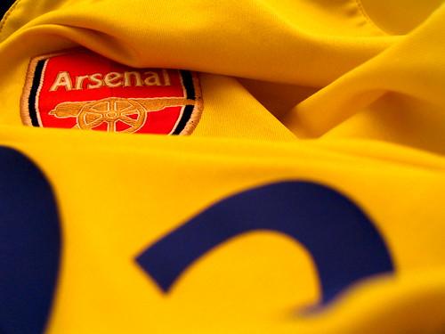 2003 Arsenal Away Strip