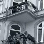 Zuschauer auf Balkone