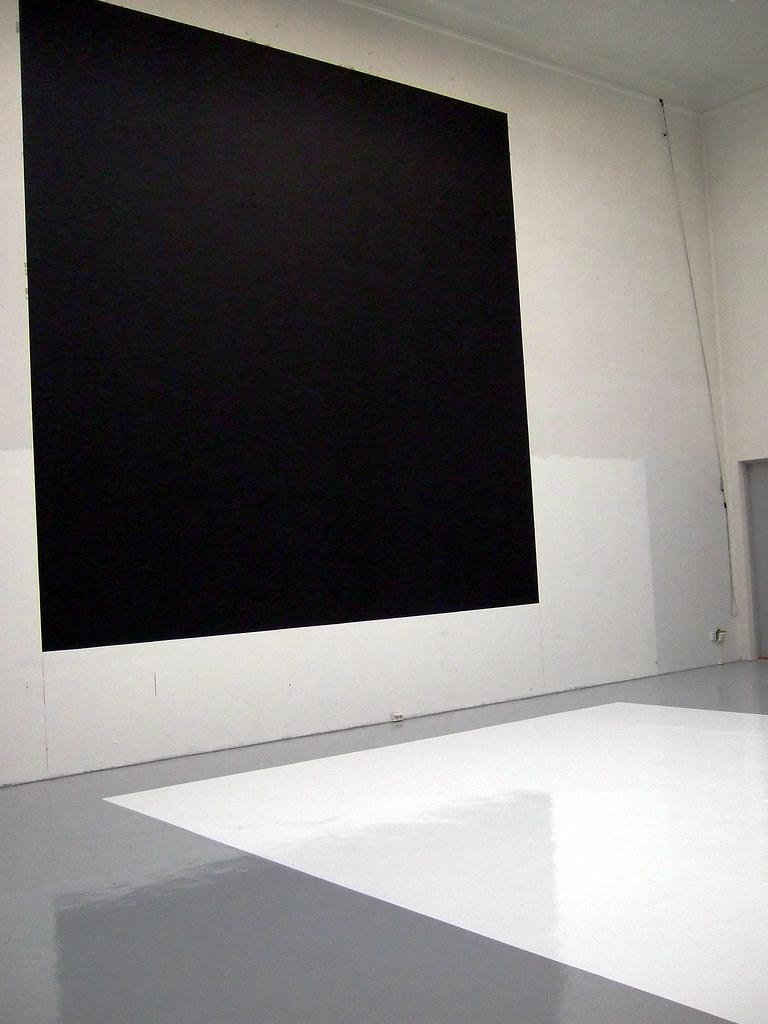 """Black Square/White Square"""