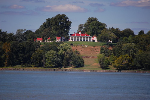 Mt Vernon, home of George Washington, from the Potomac