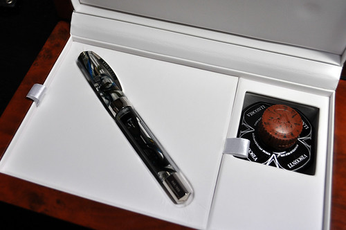"VISCONTI OPERA MASTER-DEMO ""RAIN FOREST/CLEAR"""