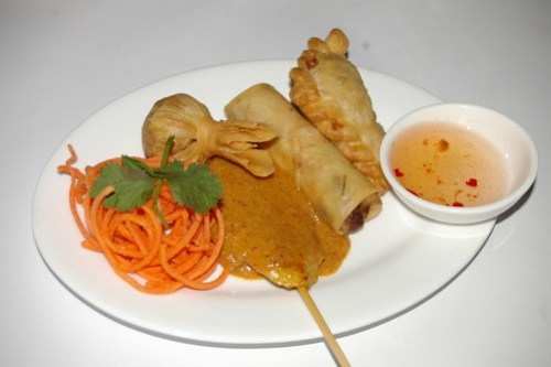 Mixed entree at Baan Krua Thai, Wollongong