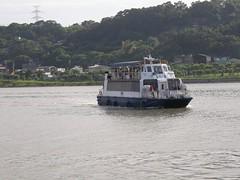 29.航行在淡水河上的觀光船